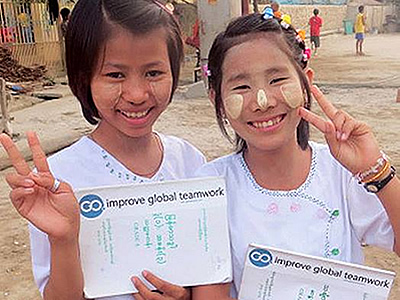 girls-stickers-mandalay-myanmar-globalonly-foundation